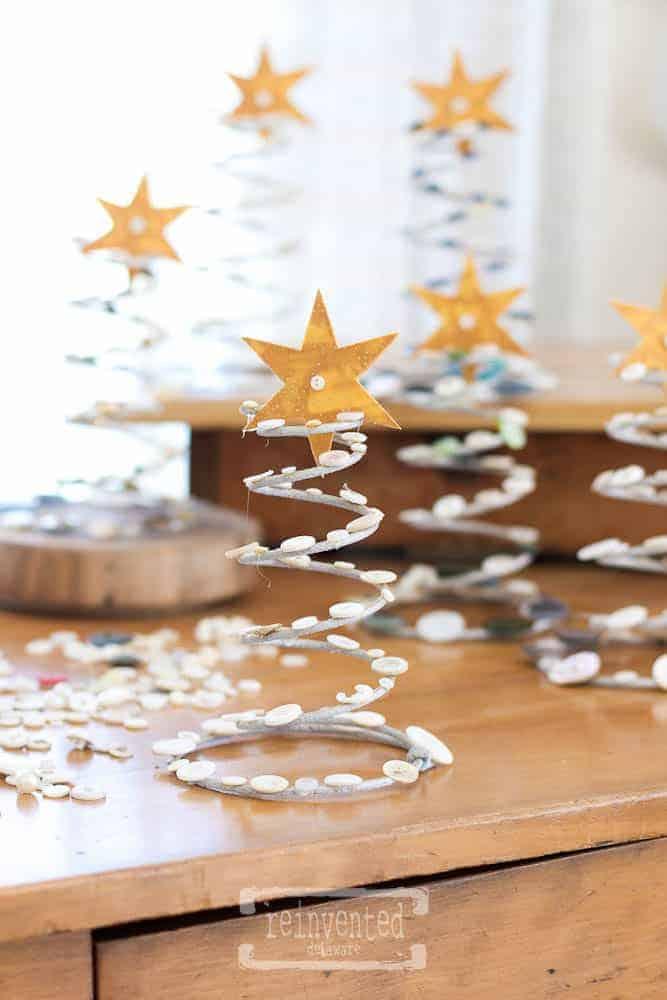Boxspring Button Christmas Trees   Easy Way to Transform Boxsprings