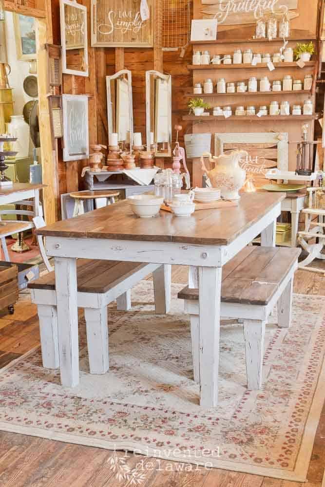 Pallet Wood Farmhouse Table