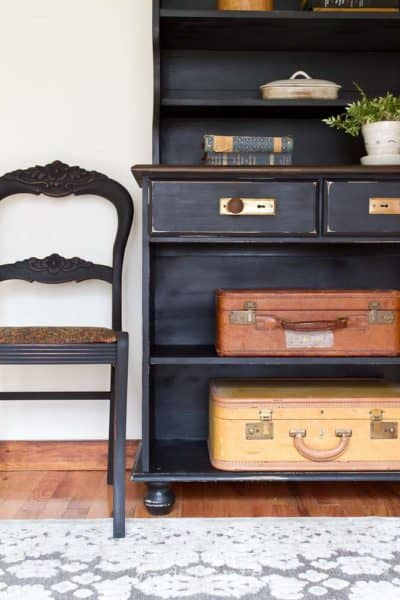 Country Style Hutch Makeover