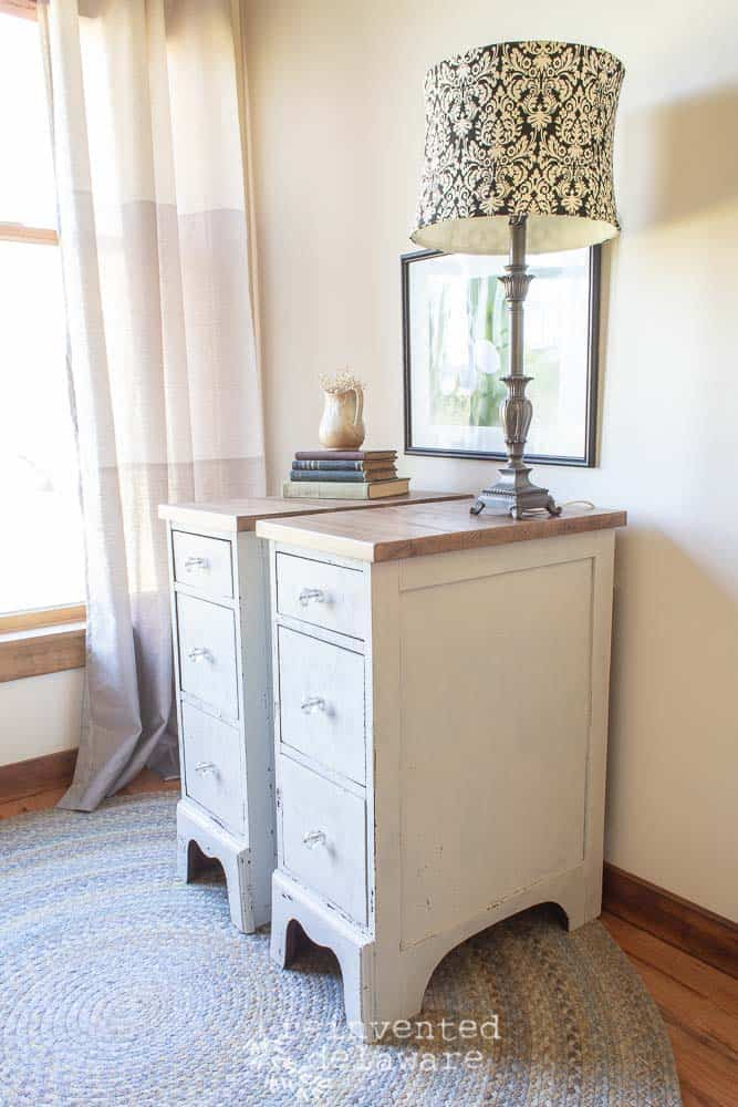 Small Desk Cabinets | Finished!