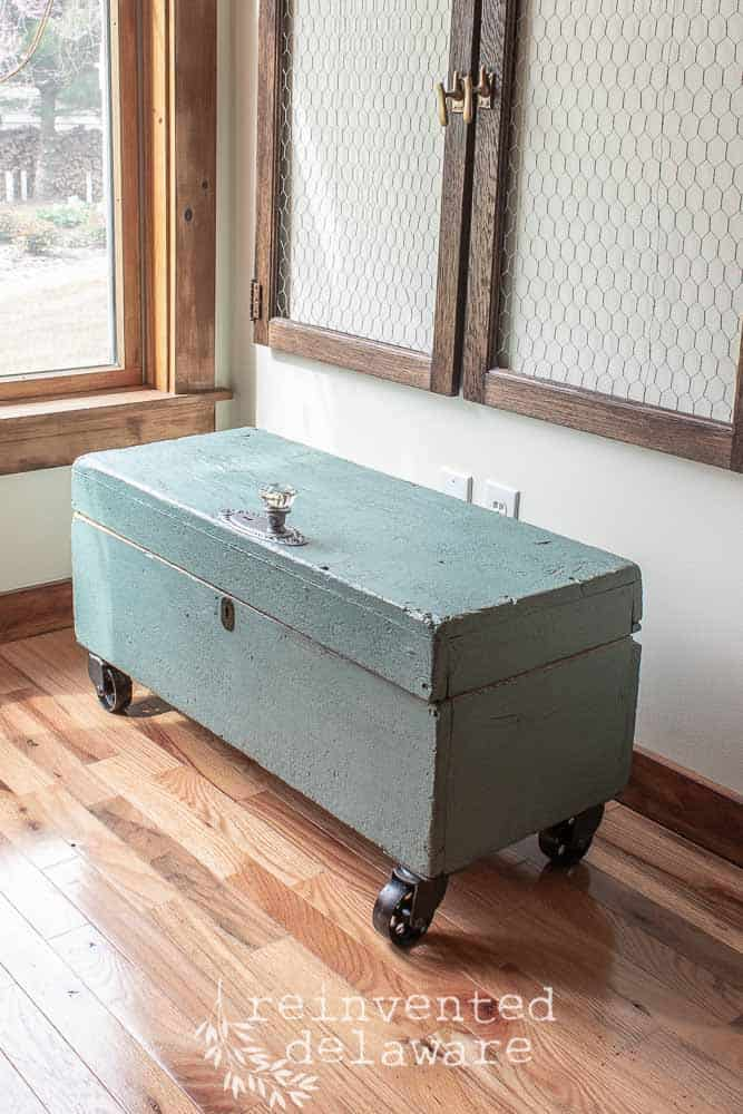 wood toolbox painted in Miss Mustard Seed Milk Paint Kitchen Scale