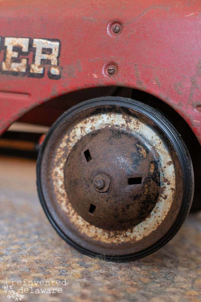 close up of wheel on antique fire truck