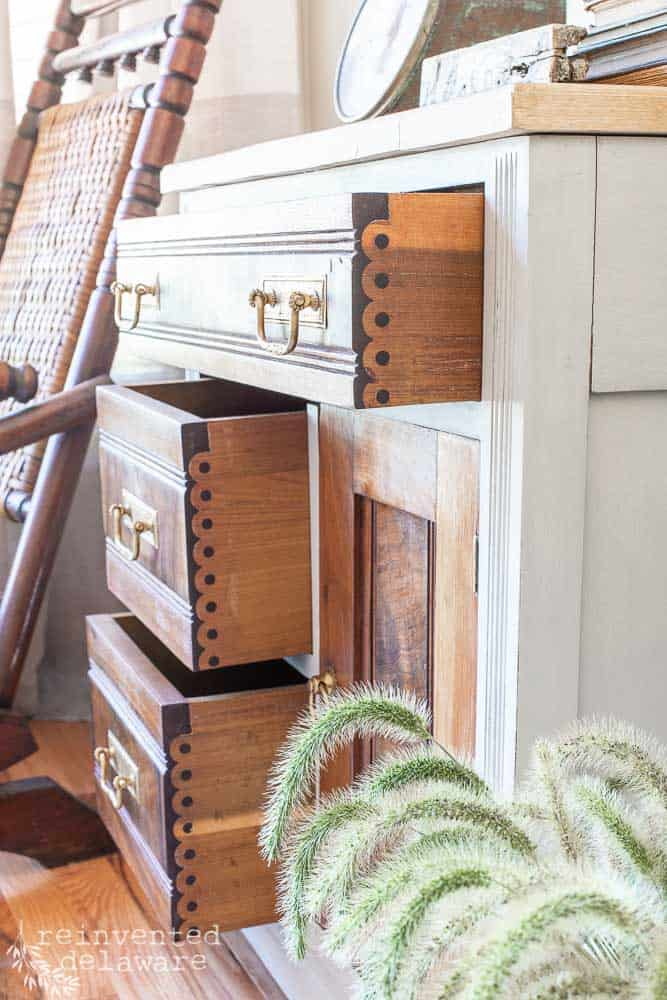 detail of drawers on antique washstand makeover showing Knapp joinery